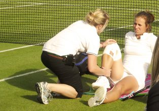 Common tennis injuries